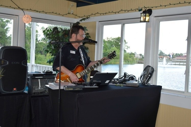 entertainment on princess barefoot dinner cruise