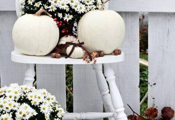 25 Fall Porch Decorating Ideas – Festive Ways To Decorate Your Porch For Fall