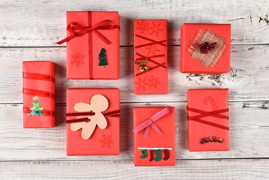 20 DIY Christmas Homemade Projects & Holiday Craft Ideas