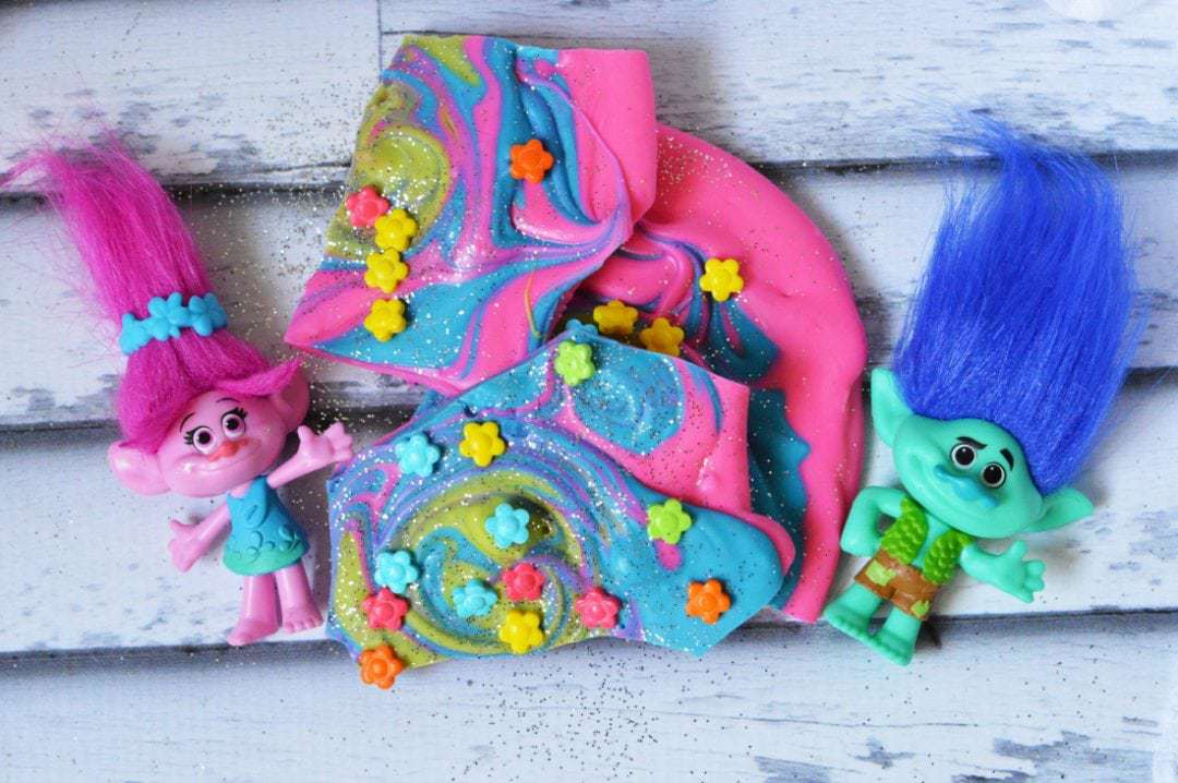 Trolls DreamWorks Movie Inspired Candy Bark Recipe