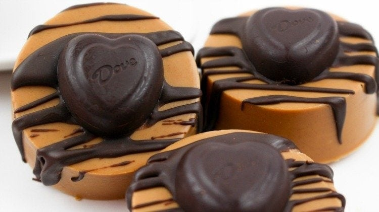Peanut Butter Dipped Heart Oreos