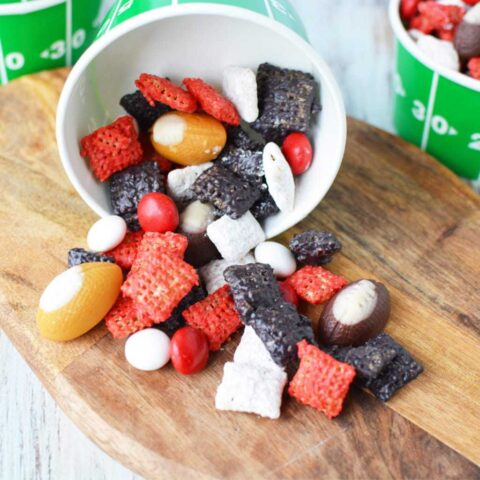 Atlanta Falcons Puppy Chow, Football party snack ideas