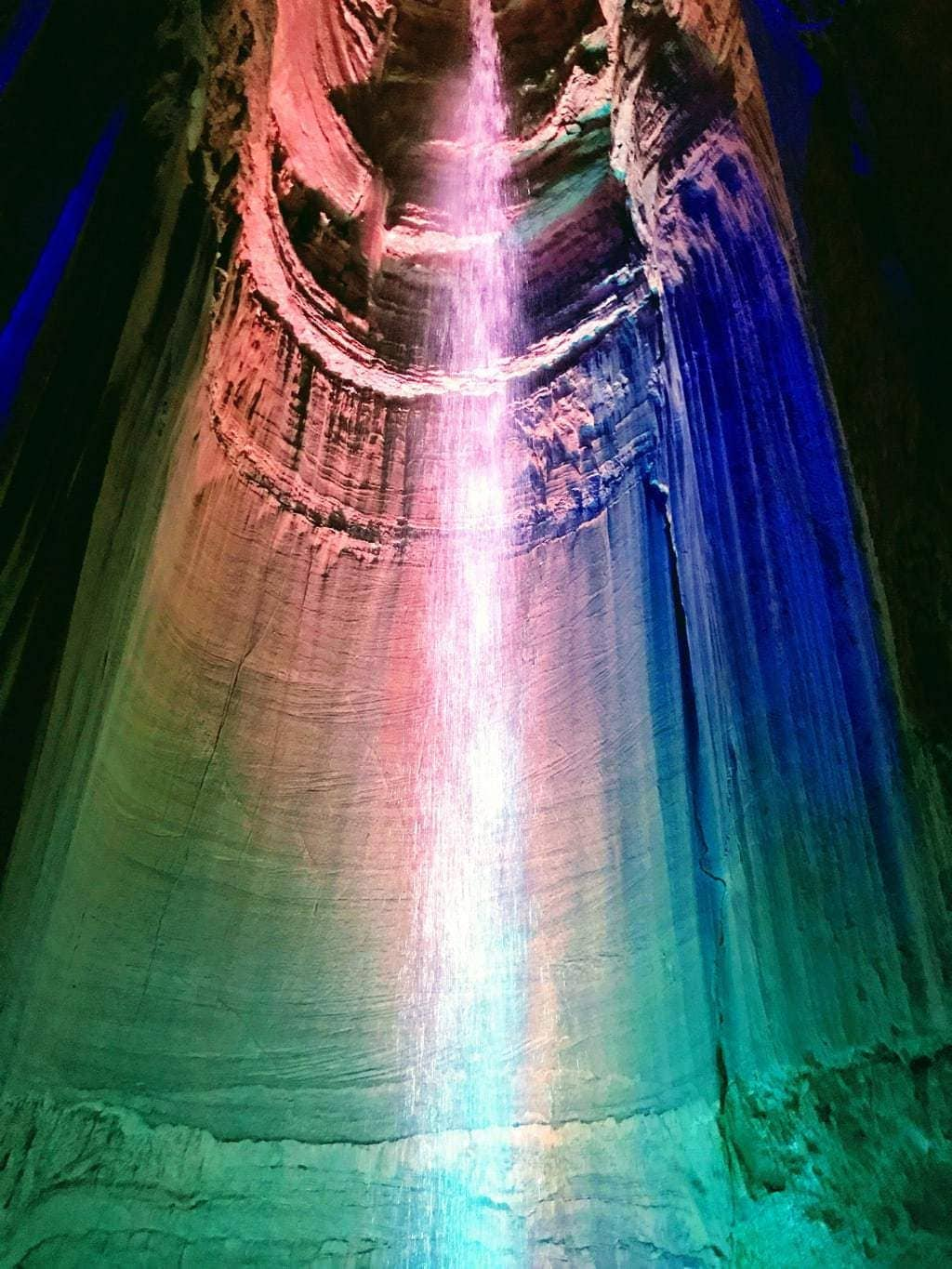 waterfall inside of ruby falls cave