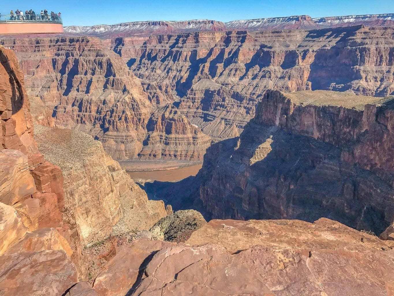 A visit to the grand canyon with detours of nevada