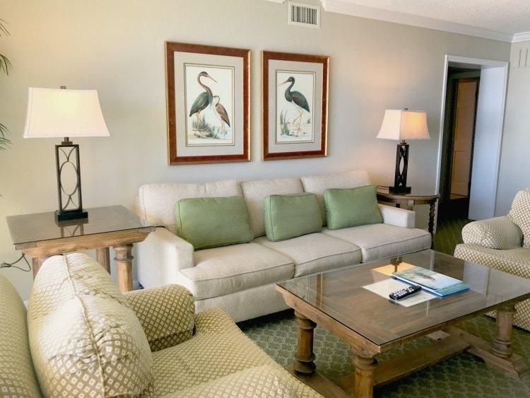 King and Prince Living Room Villas