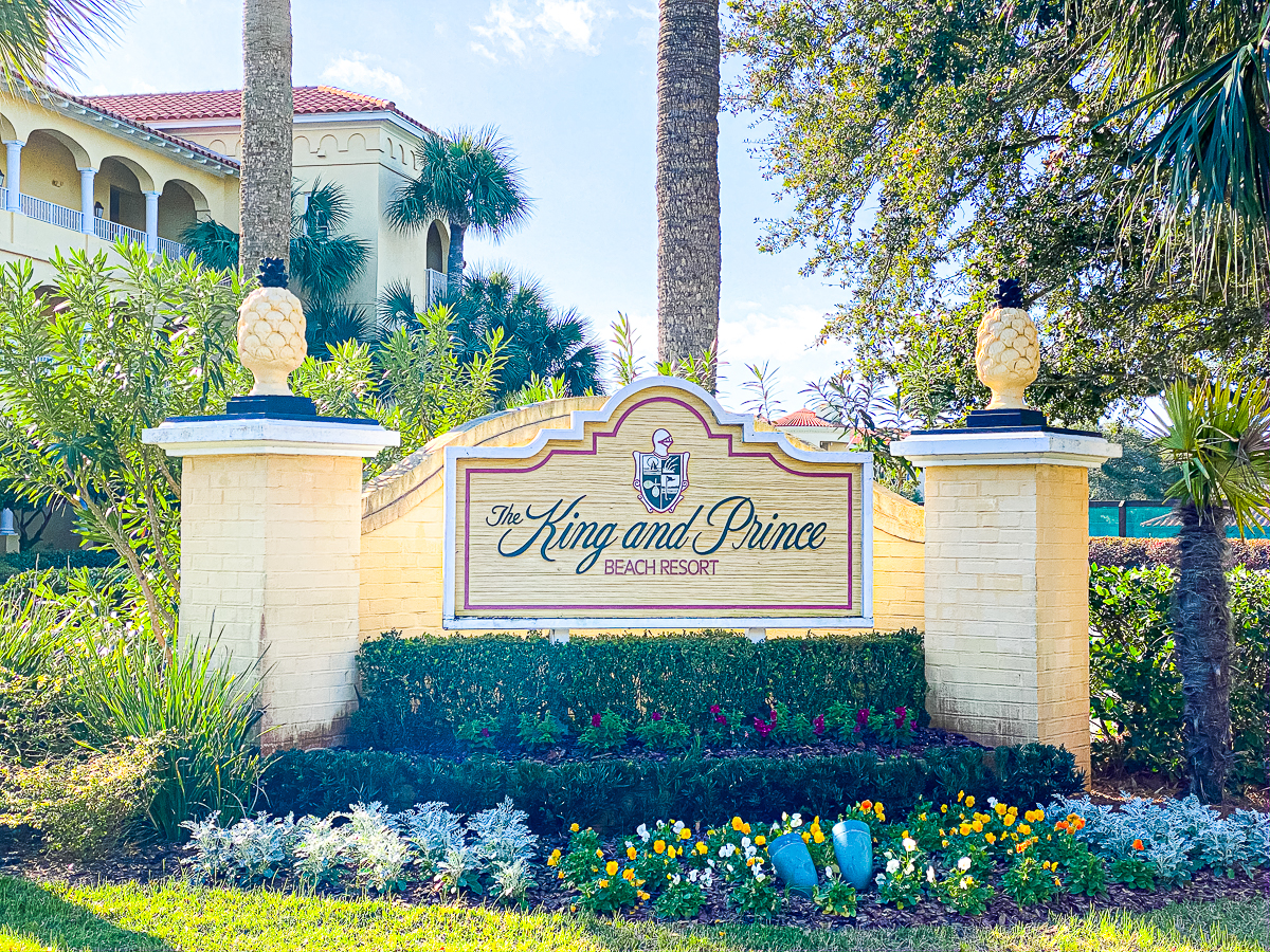 King and Prince Resort front entrance