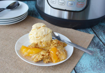 Instant Pot Peach Cobbler Recipe