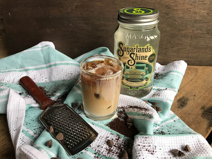 5 Delicious Moonshine Cocktail Recipes
