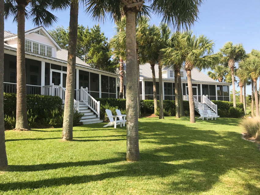 The Cottages on Charleston Harbor – A Gorgeous Harborside Retreat