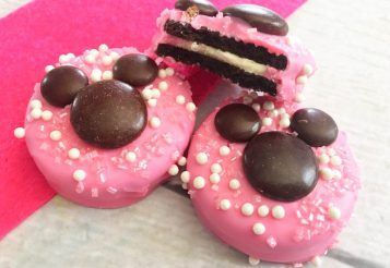 How To Make Minnie Mouse Oreo Cookies