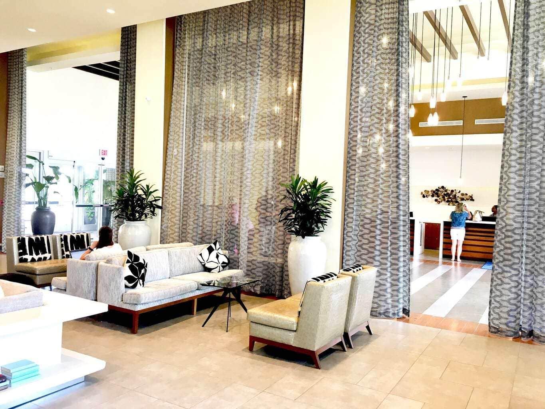 Lobby of Wyndham International Drive Orlando