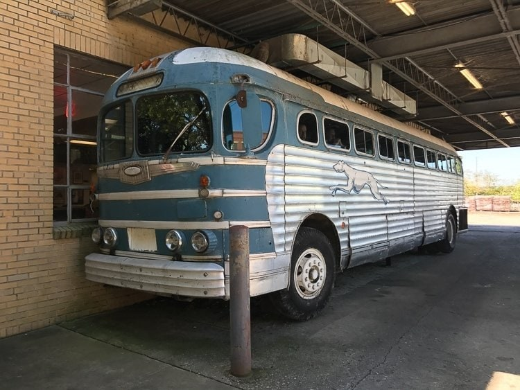 Greyhound Bus at Country's BBQ