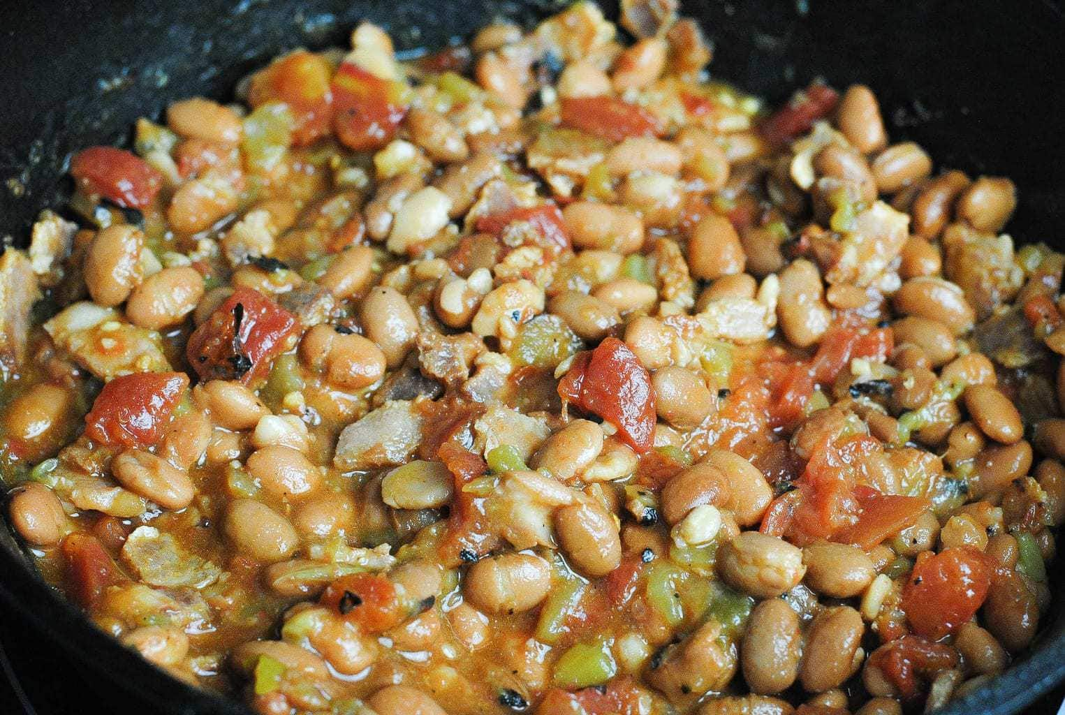 cowboy pinto beans in the iron skillet