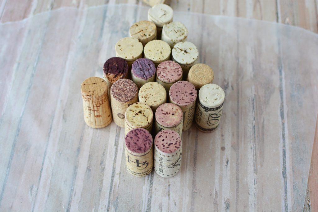 Cork Christmas Trees, DIY Christmas Crafts, Wine Cork Crafts, Christmas Crafts, DIY Christmas Crafts