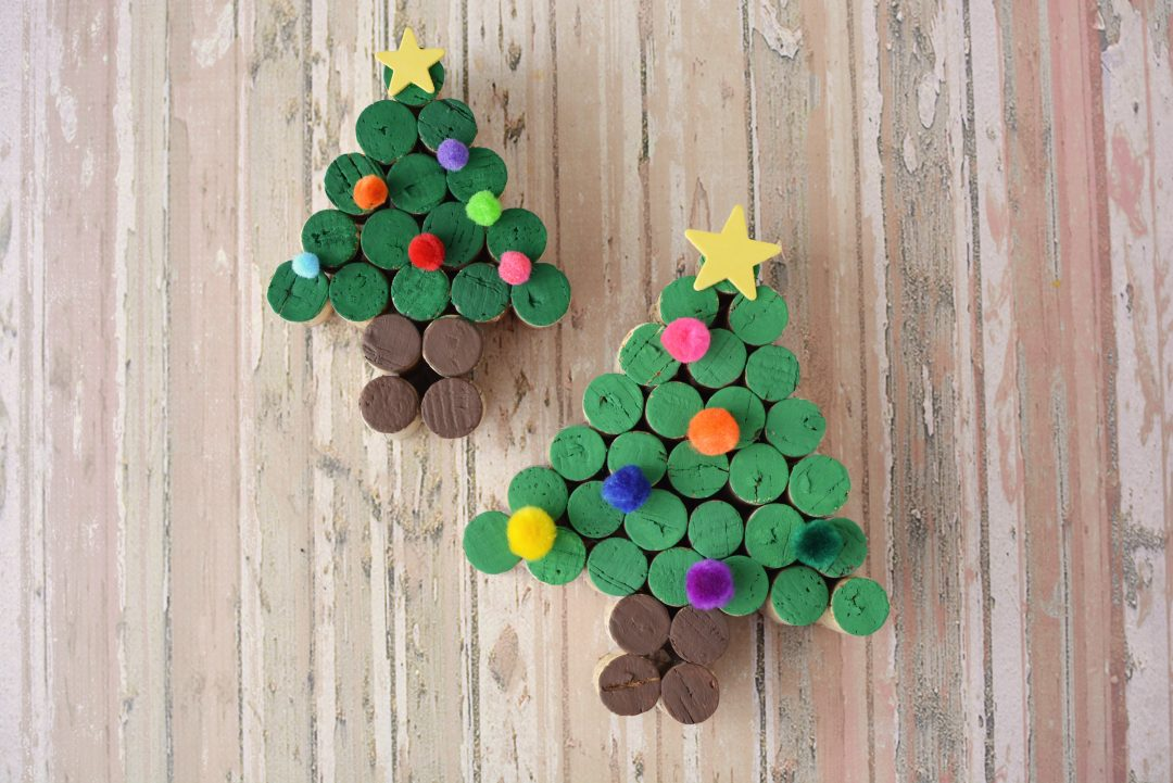 Wine Cork Crafts, Cork Christmas Trees, DIY Christmas Crafts, Wine Cork Crafts, Christmas Crafts, DIY Christmas Crafts