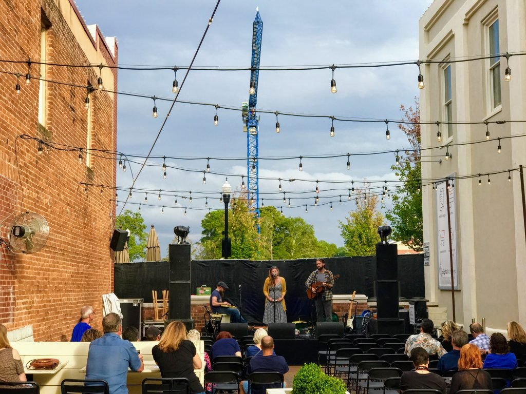 downtown alpharetta music scene