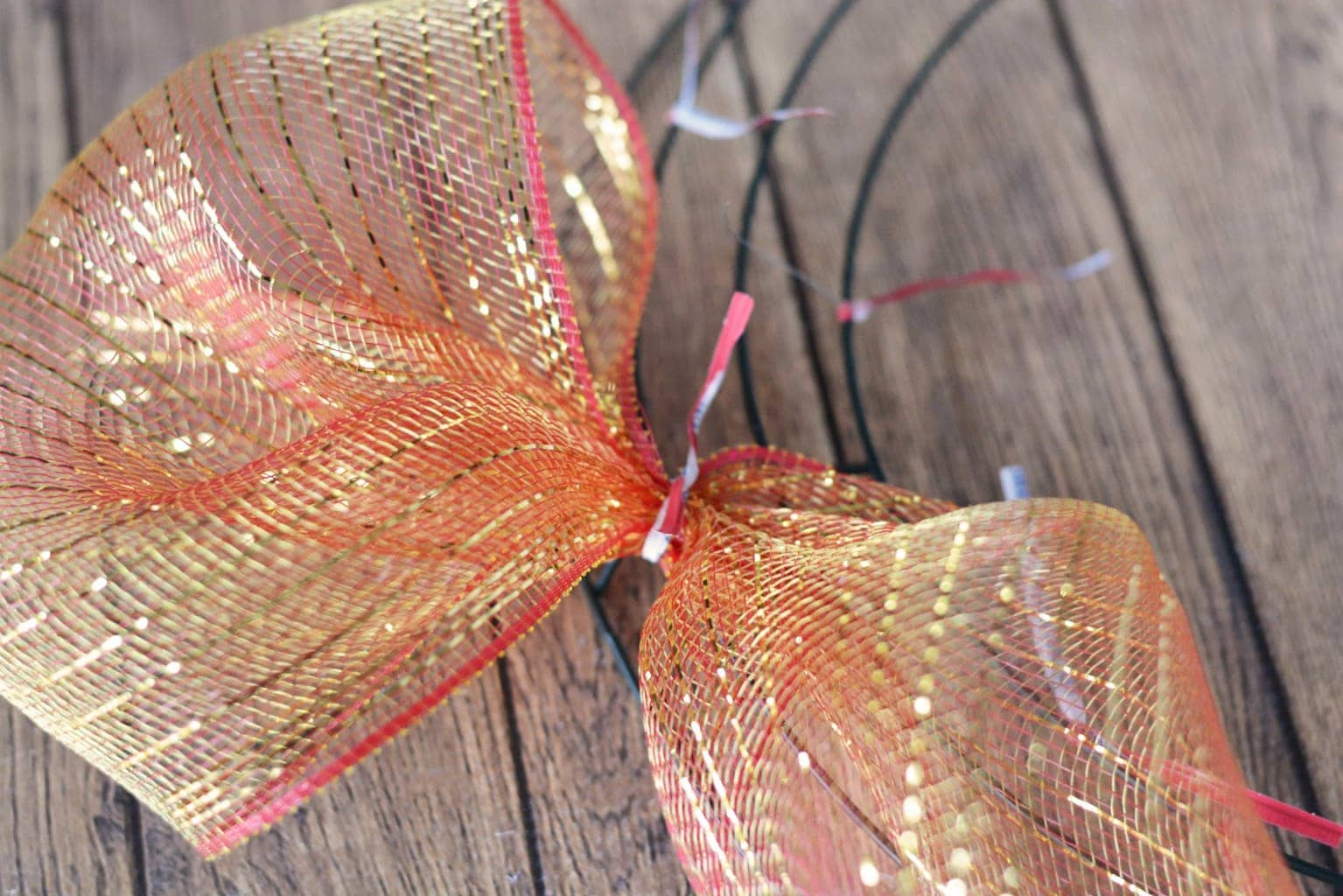 How To Make Deco Mesh Wreaths Step By Step Intructions