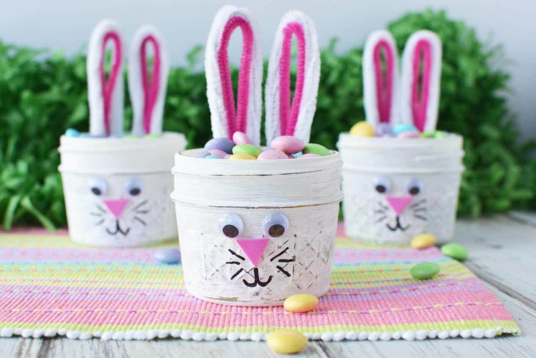 Easter Bunny Mason Jars, Mason Jars, Mason Jar Craft ideas, Bunny Mason Jars, Easter Crafts, Easter DIY
