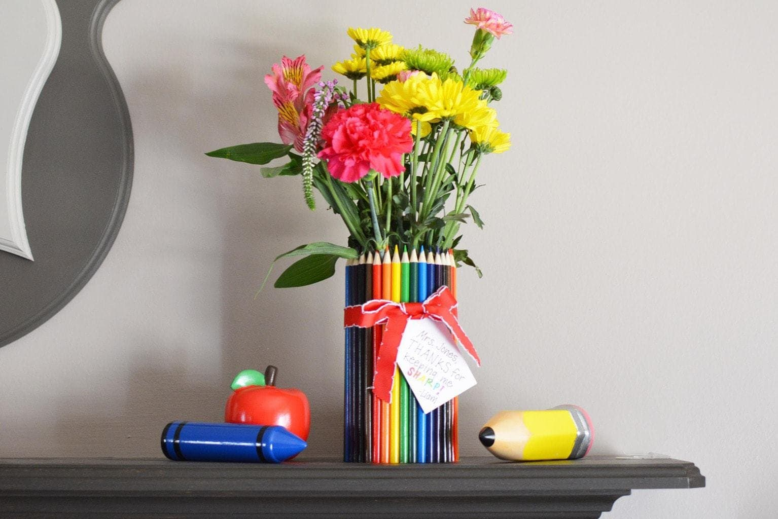 Diy Teacher Gift Idea How To Make A Colored Pencil Flower Vase