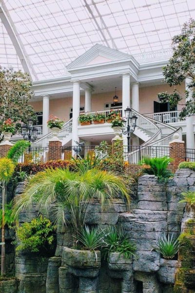 10 Reasons Why You Will Love Gaylord Opryland Resort in Nashville