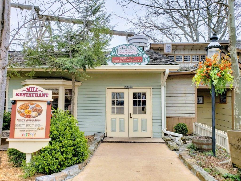 Restaurants in Branson, Miss Molly's Mill, Branson restaurants, fun restaurants in Branson, restaurants in Branson, dining in Branson