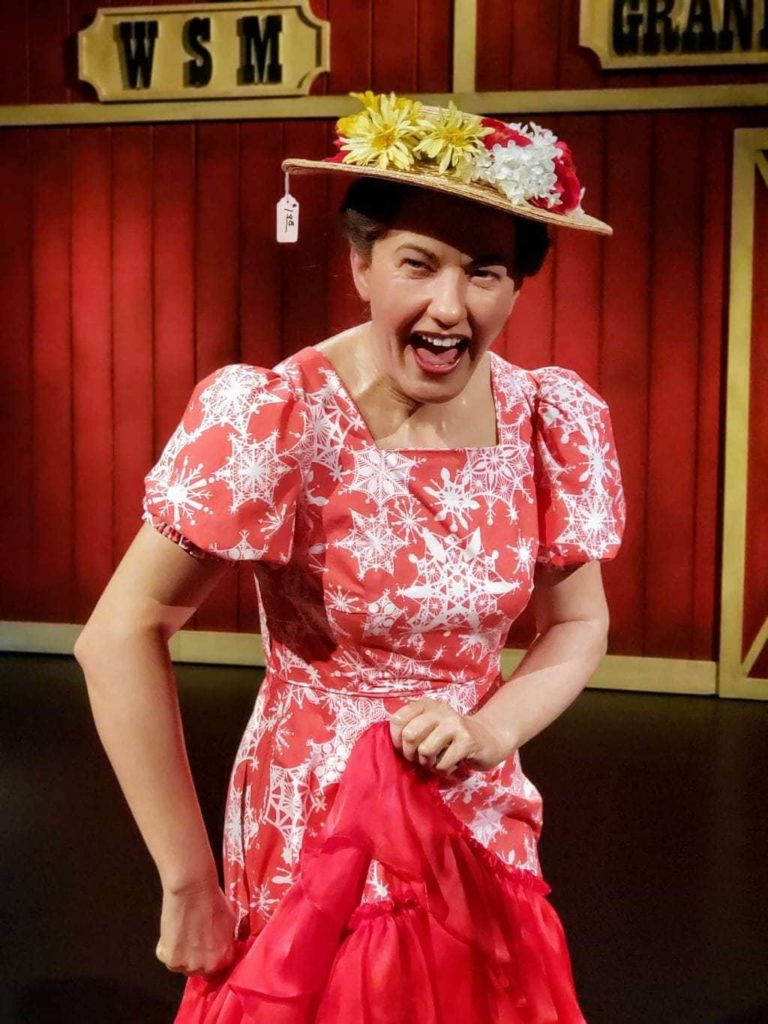 Minnie Pearl Wax Figure, Madame Tussauds