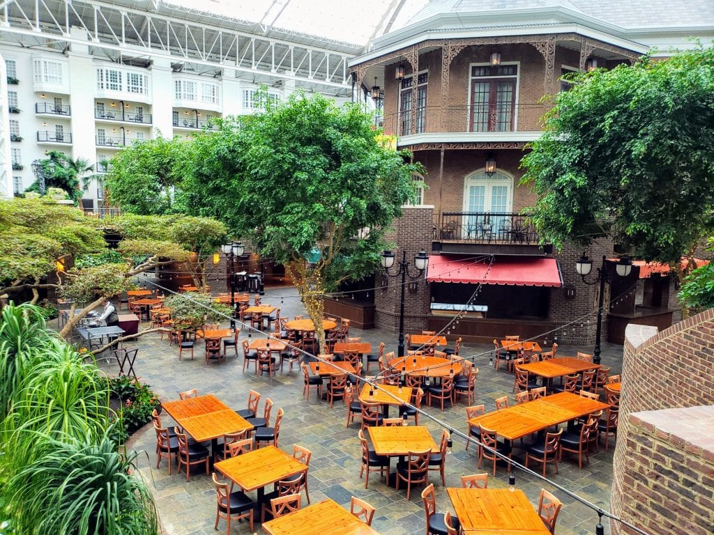 restaurants at gaylord opryland, best dining at gaylord opryland, dining in nashville