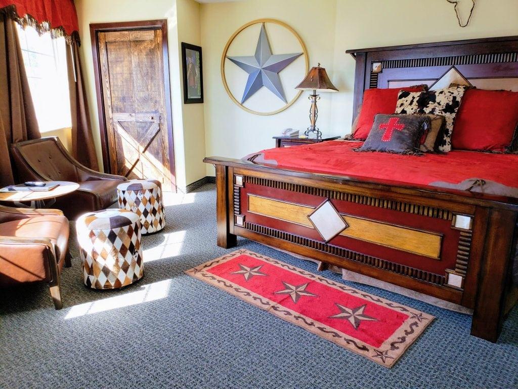 clay Cooper themed room, stone castle hotel, Branson Missouri hotels