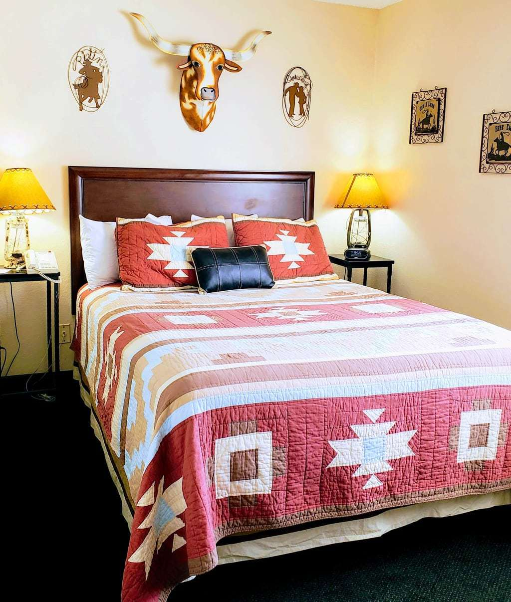 Dolly Parton's Stampede Themed Room at Stone Castle Hotel
