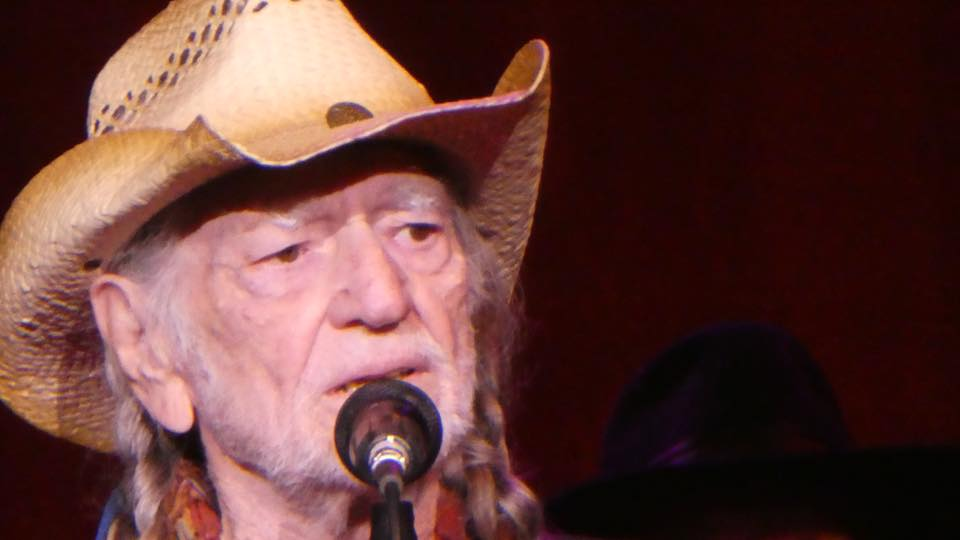 Willie Nelson Takes The Stage at Verizon Amphitheatre in Alpharetta