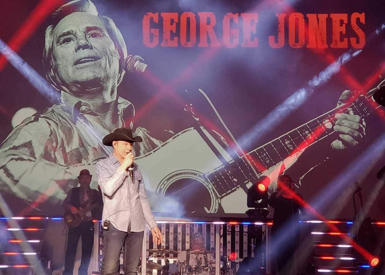 clay Cooper singing George jones, clay Cooper show, clay Cooper theatre