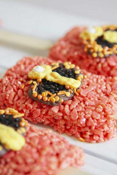 Incredibles 2 Recipe, Incredibles Rice Krispy Pops, Rice Krispy Recipes