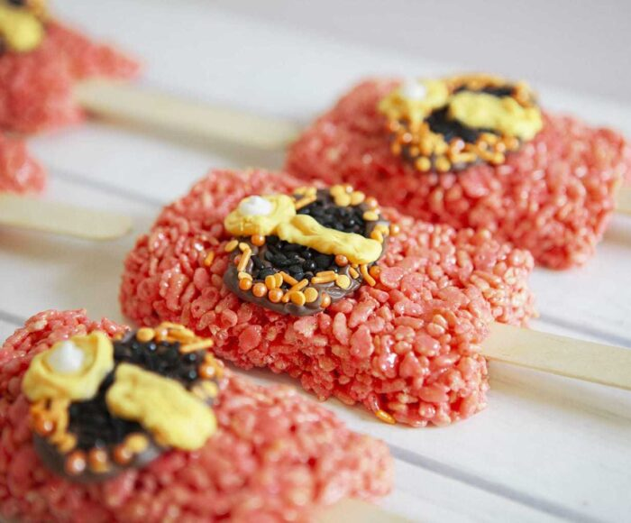 Incredibles 2 Recipe, Incredibles Rice Krispy Pops, Rice Krispy Recipes