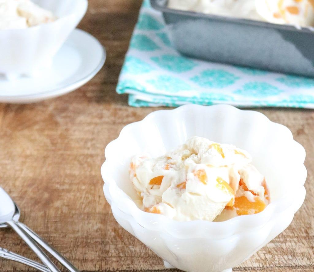 no churn peach pie ice cream, no-churn peach ice cream, no churn ice cream, how to make no-churn ice cream