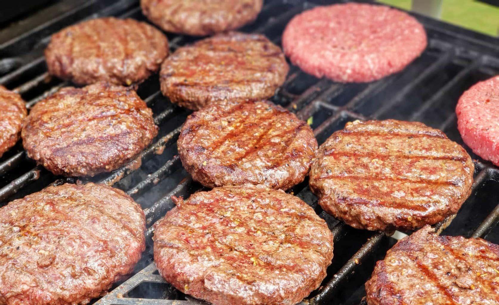 How to make juicy hamburgers