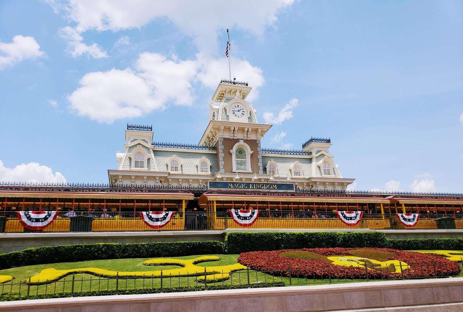 Disney Bloggers, Front Entrance of Magic Kingdom