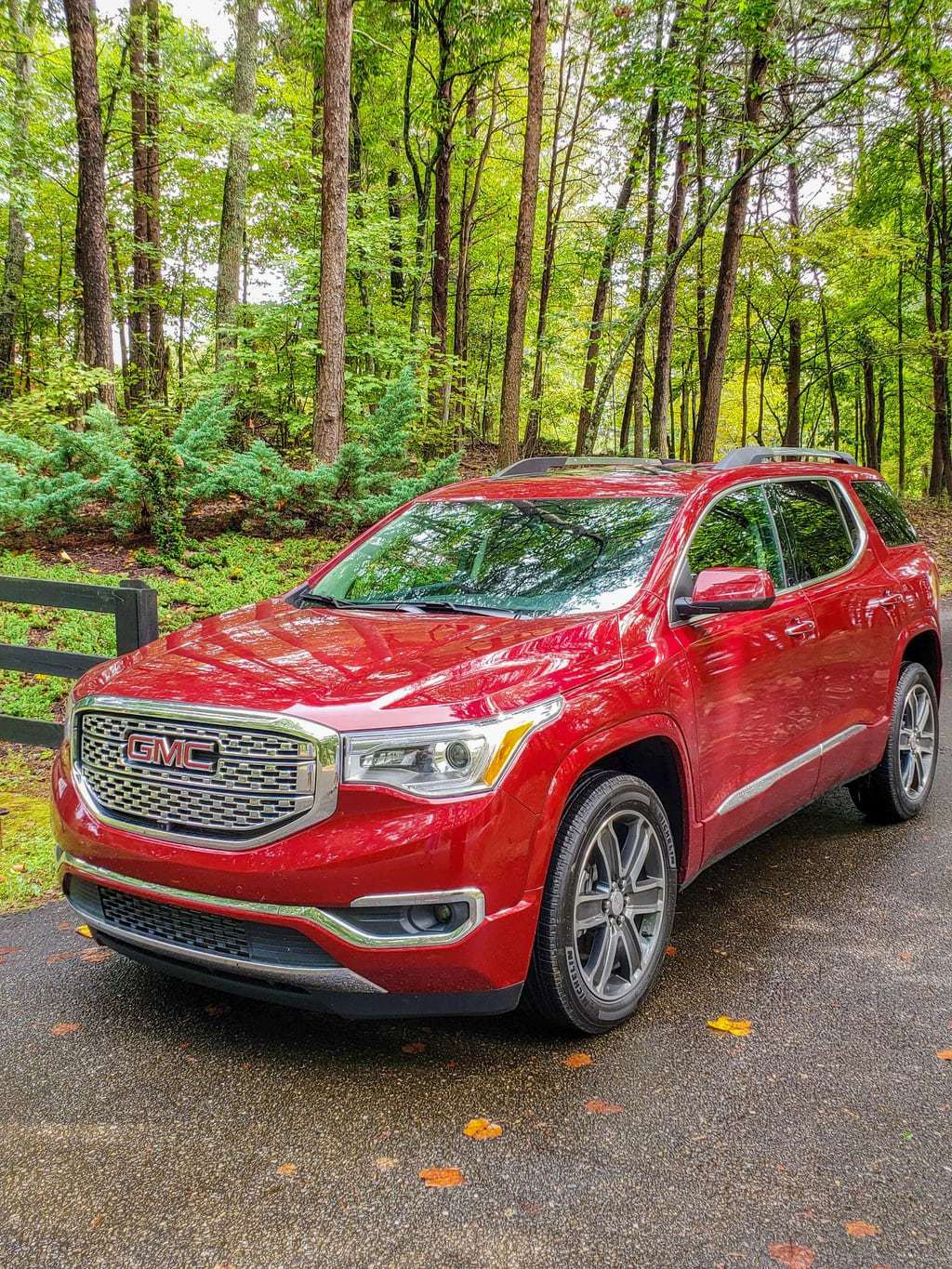 Important Fall Safety Driving Tips and the 2019 GMC Acadia Denali