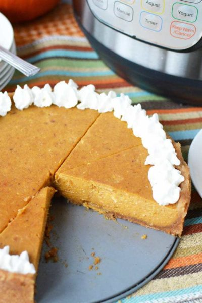 Instant Pot Pumpkin Pie, pumpkin pie with graham cracker crust