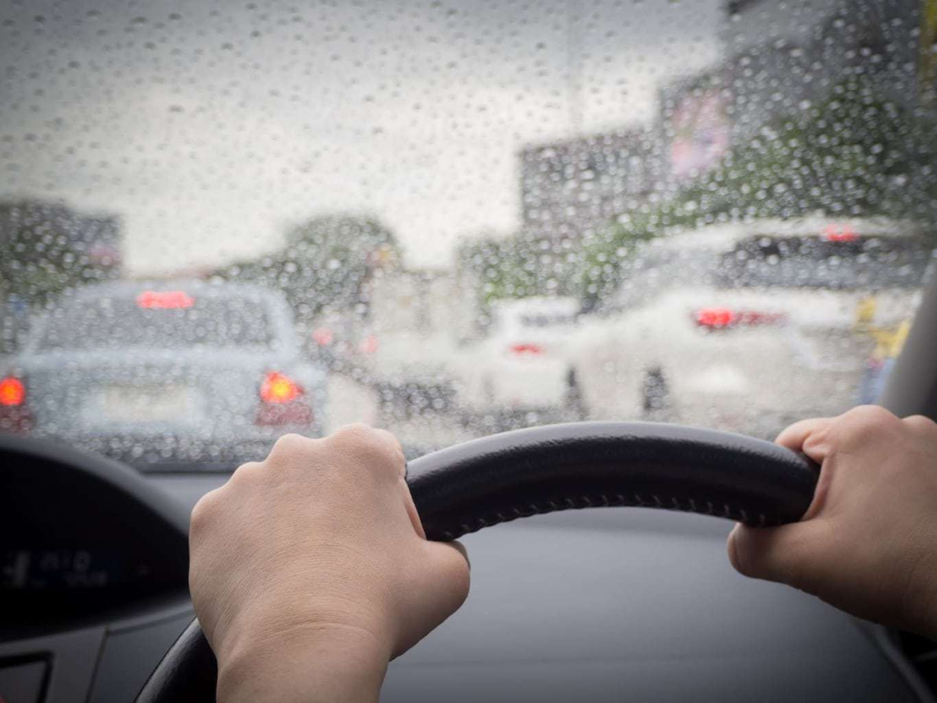 teen safety driving tips, driving in the rain, Driving Tips For Teenage Drivers