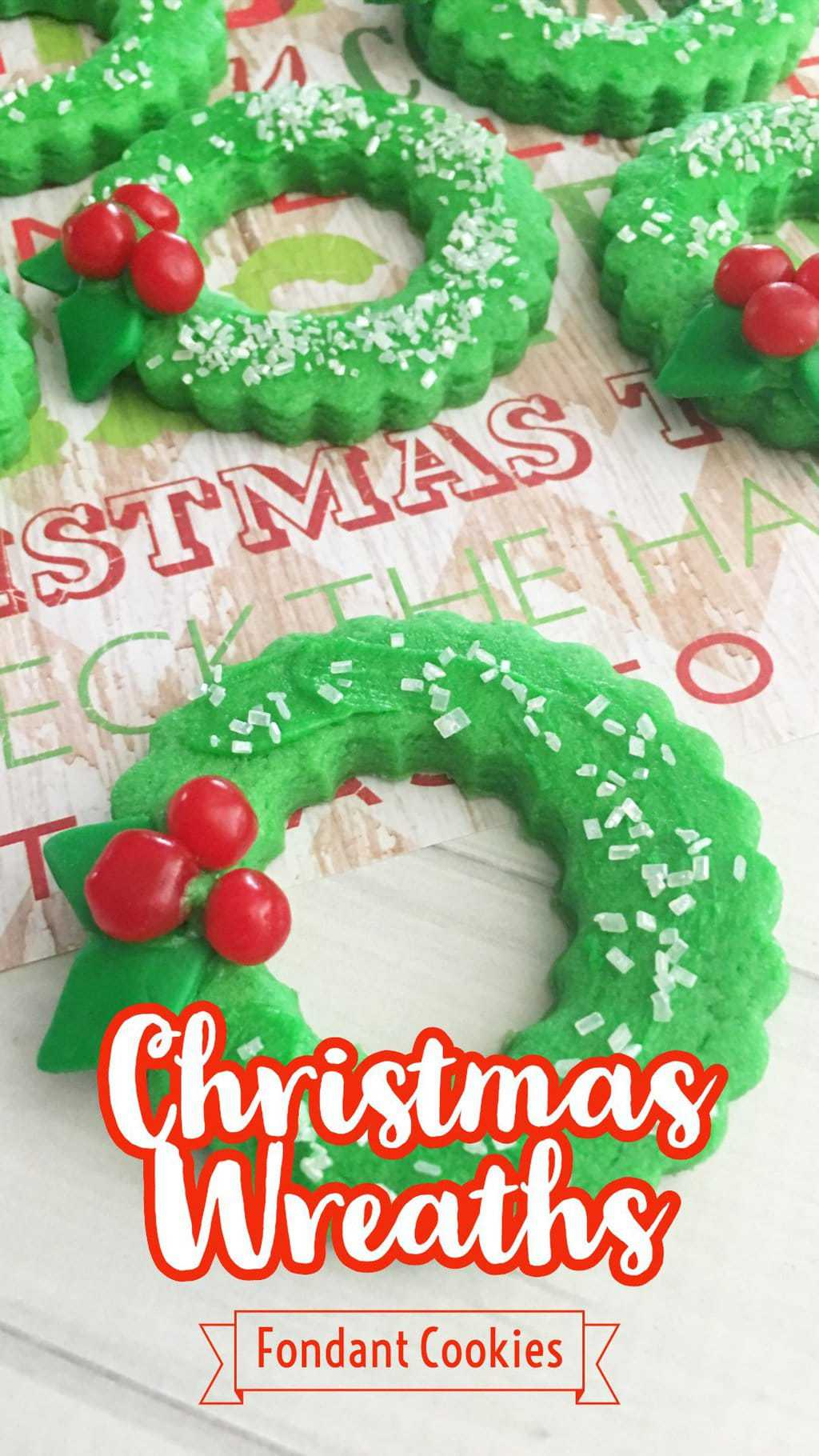 Christmas Wreath Cookies, Christmas Cookies with Fondant