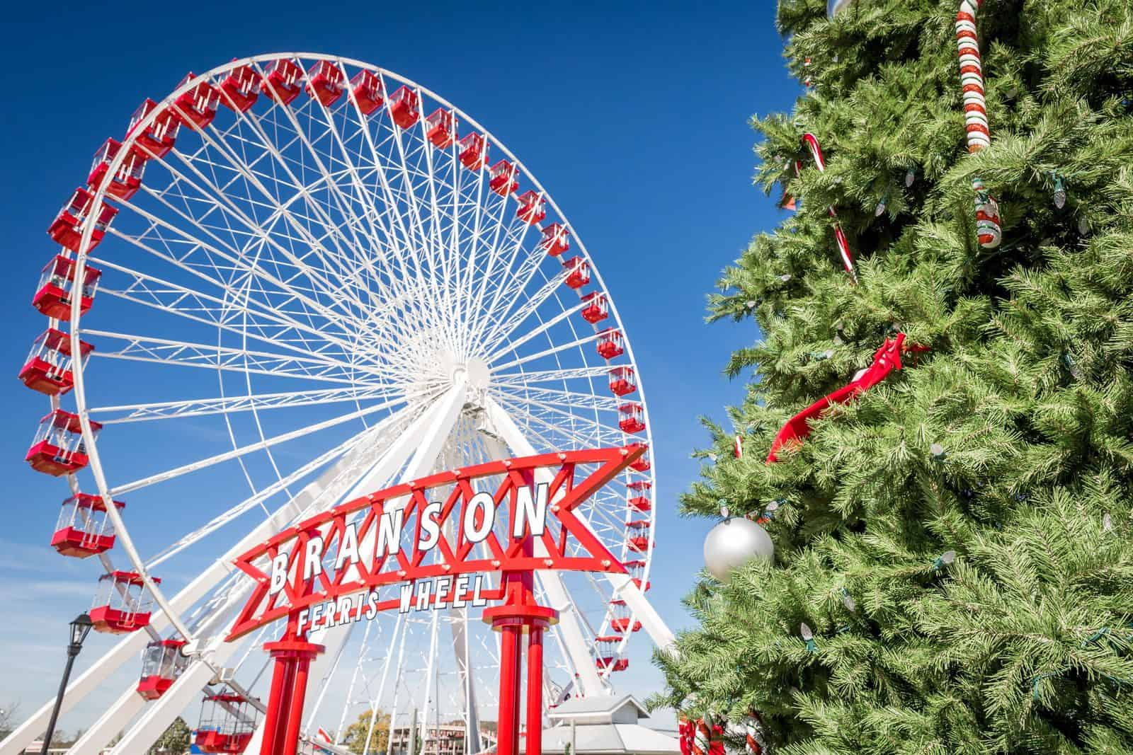BRANSON FERRIS WHEEL AT CHRISTMAS