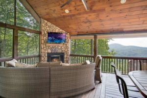 Best Cabin Accommodations in Blue Ridge – North Georgia Mountains