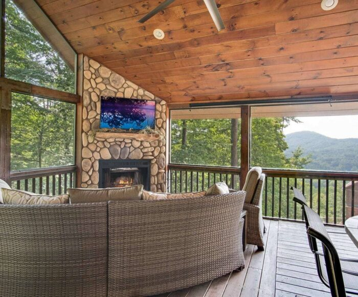 Cabin Accommodations in Blue Ridge