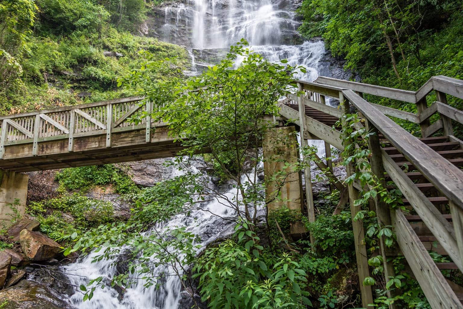 AMICALOLA FALLS STATE PARK, hiking in north georgia