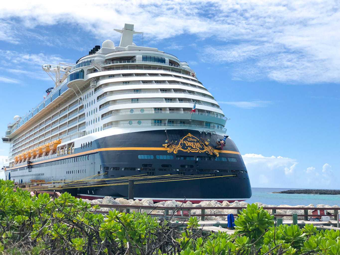 10 Reasons Why You'll Love the Disney Dream - Disney Cruise Review