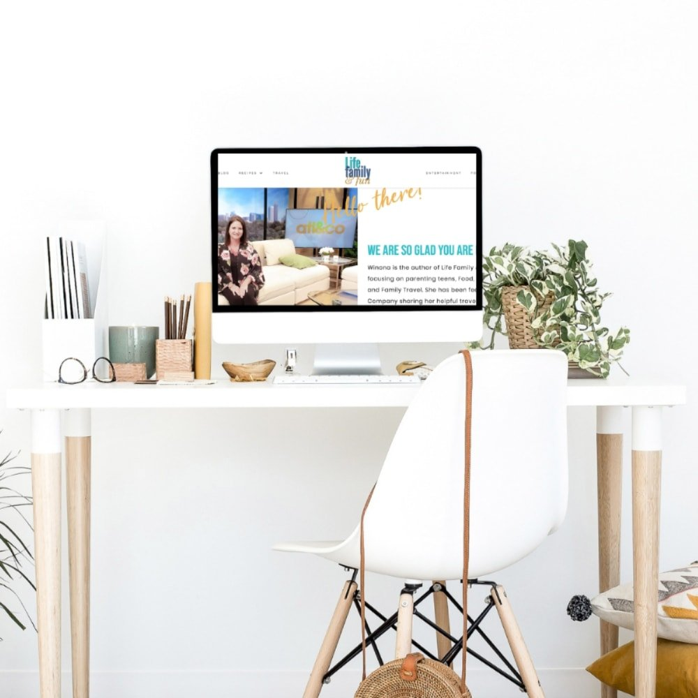 Looking for some super simple tips and tricks to help you grow your blog? These 5 simple tips and are one that any blogger can implement and use to grow.