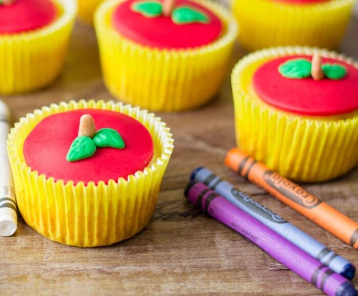 Back To School Cupcakes shaped as Apples