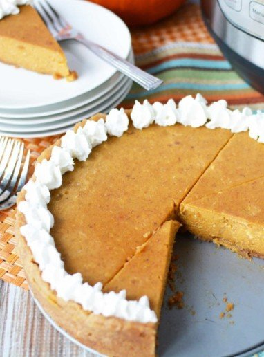 Instant Pot Pumpkin Pie With Graham Cracker Crust - Easy Pie Recipe For the Holidays