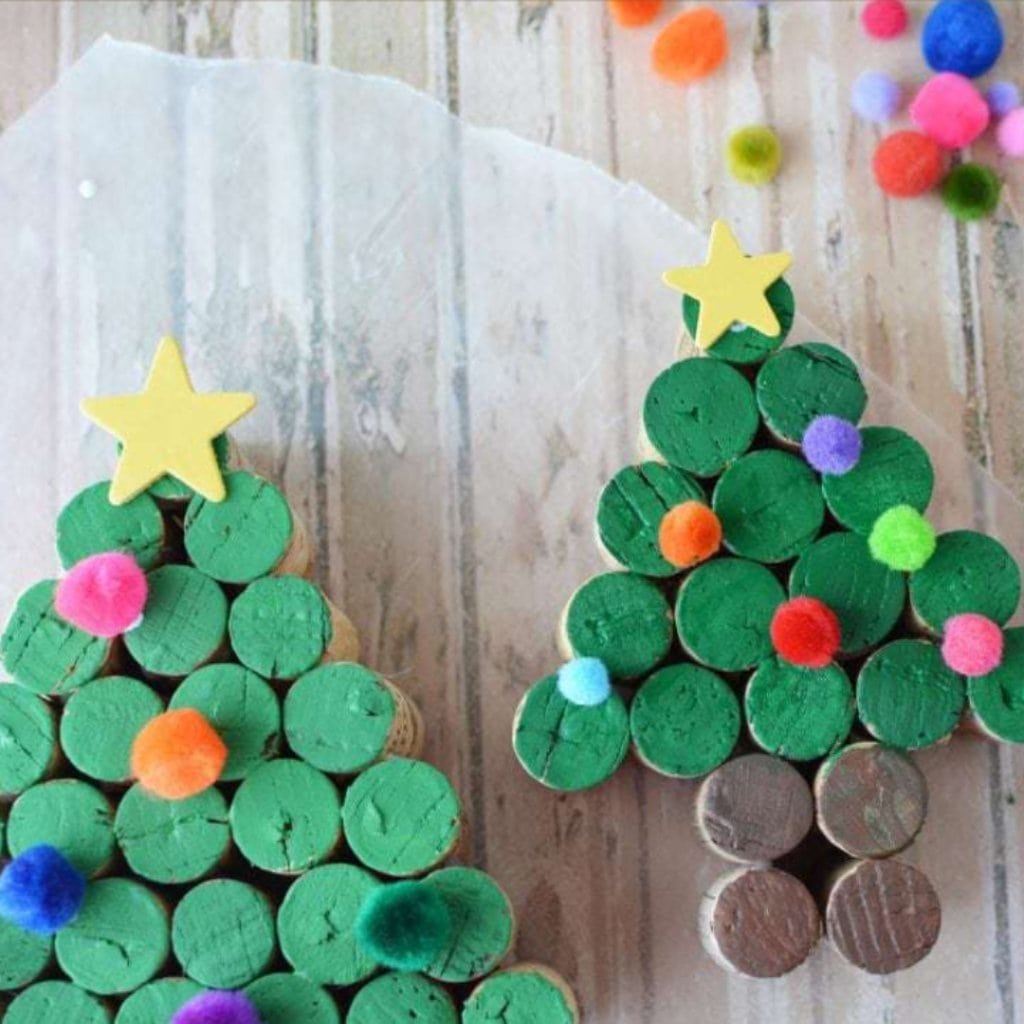 Wine cork christmas crafts