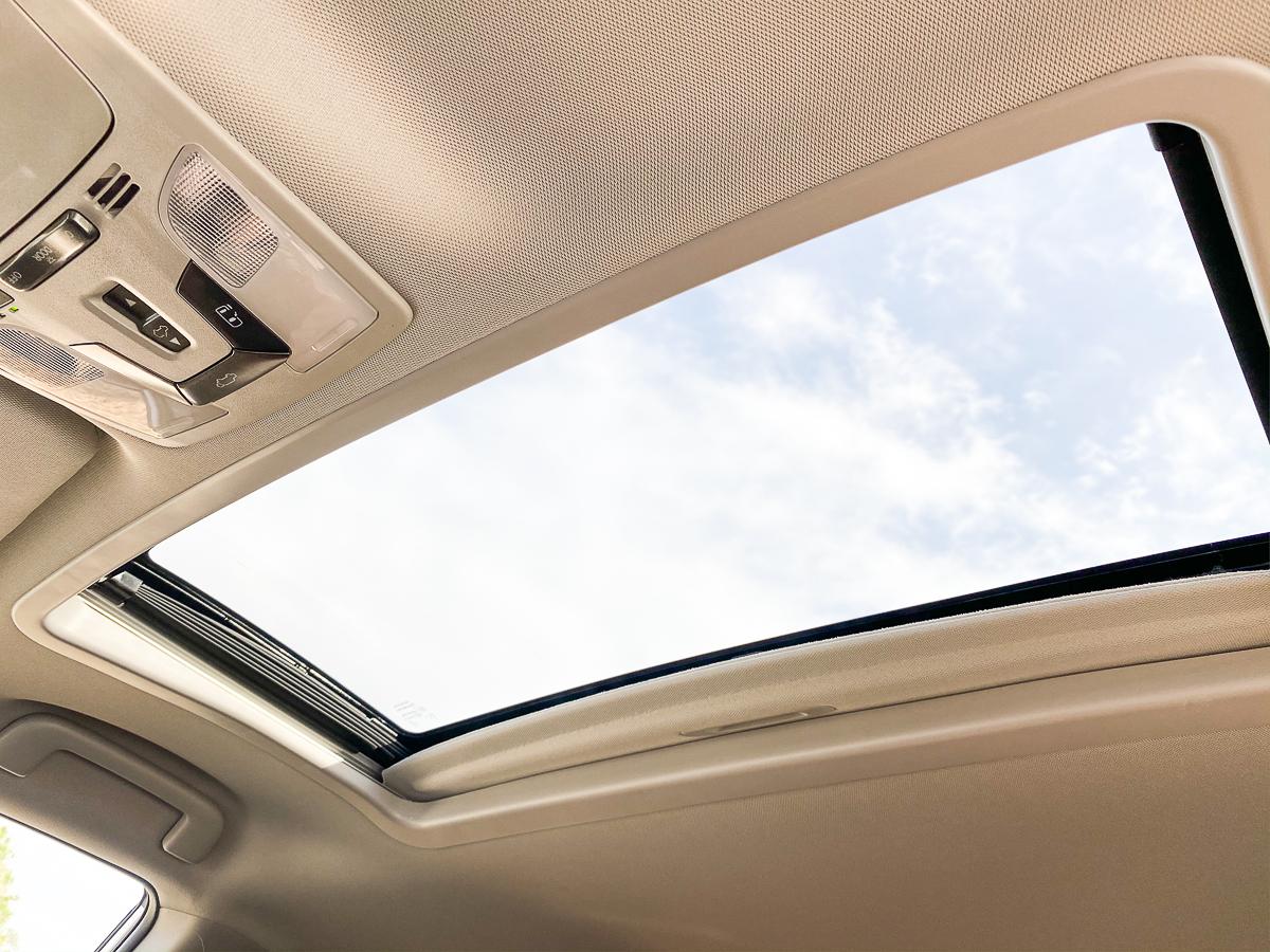 Toyota Sienna Sunroof